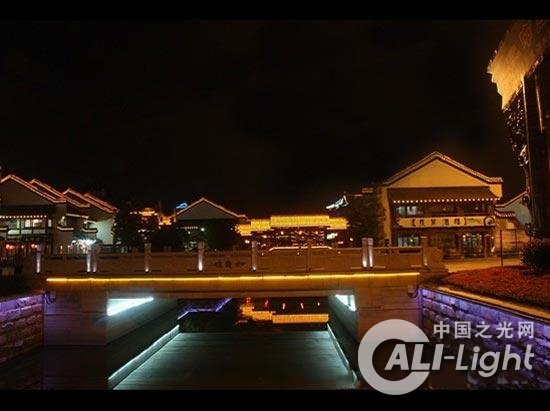 州淹城古街建筑夜景亮化照明图片